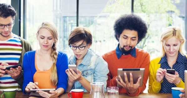 Social Media - Gestohlene Momente ersetzen nicht die Realität