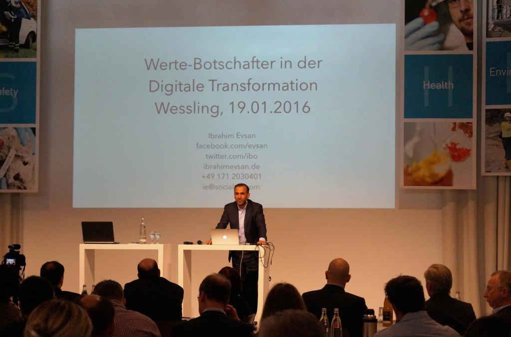 """Keynote Speaker Ibrahim Evsan referiert zum Thema """"Digitale Transformation auf dem Vertriebstreffen Wessling 4.0"""